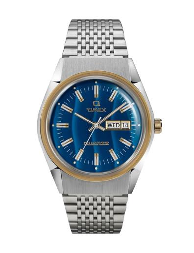 Timex Men's Q Timex  Blue Dial Silver Metal Watch. TW2T80800