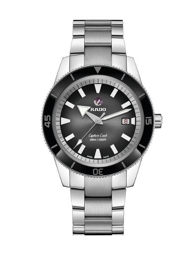 Rado  Men's Captain Cook Automatic Watch  R32105153