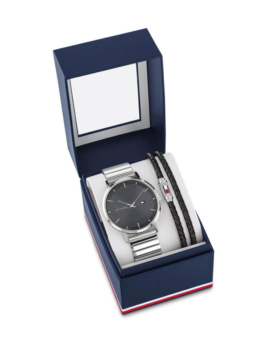 Tommy Hilfiger  Men's JAMES Black Dial Silver Stainless steel Watch.  2770061